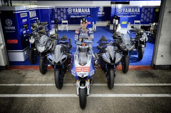 Jorge Lorenzo Yamaha 2013 Box