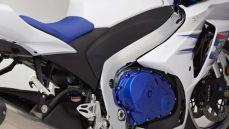 2014-suzuki-gsx-r1000-se-limited-production-16-620x350