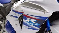 2014-suzuki-gsx-r1000-se-limited-production-4-620x350