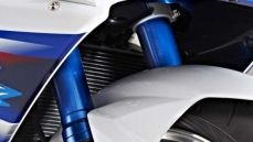 2014-suzuki-gsx-r1000-se-limited-production-65-620x350