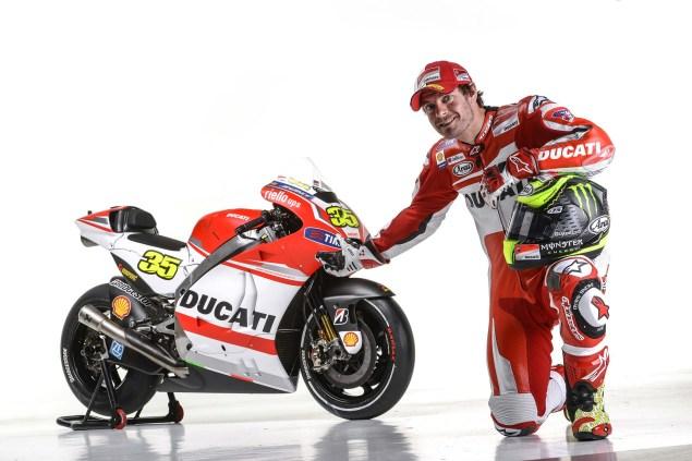 2014-Ducati-Corse-MotoGP-Cal-Crutchlow-07
