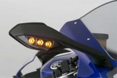 2015-Yamaha-YZF-R1-38