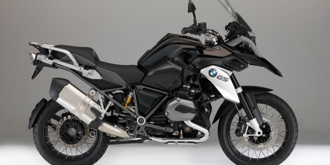 bmw-r-1200-gs-triple-black-2016_01-660x330