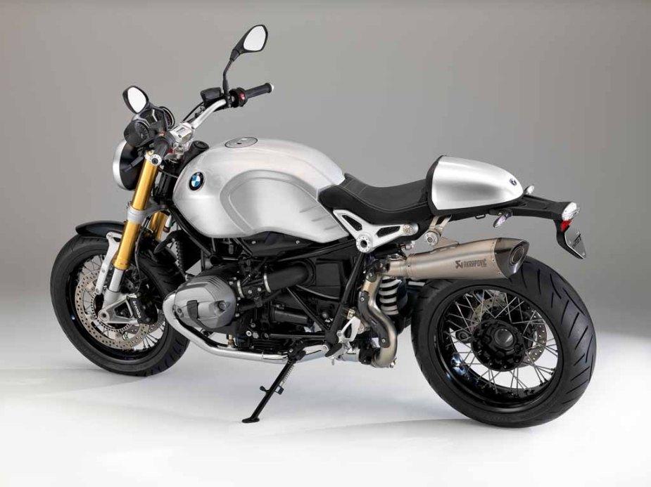 BMW-R-nineT-2016-07