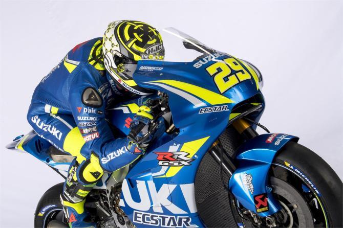 Equipe Suzuki Ecstar MotoGP 2018 - Andrea Iannone (10)
