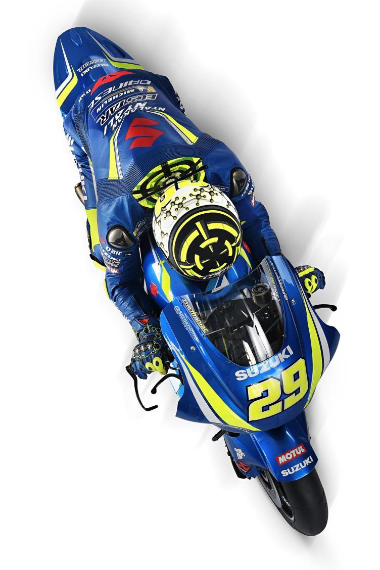 Equipe Suzuki Ecstar MotoGP 2018 - Andrea Iannone (12)
