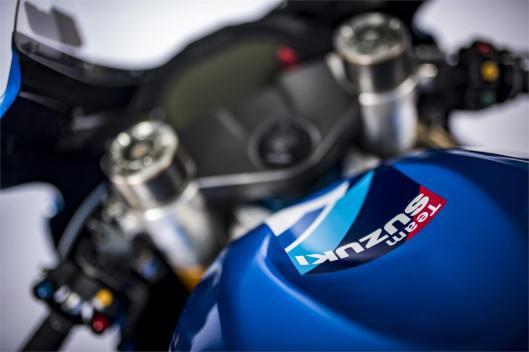 Suzuki GSX-RR 2018 (2)